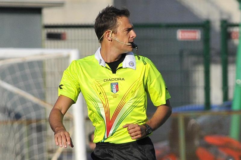 Verso Cagliari-Sassuolo, arbitra Gavillucci