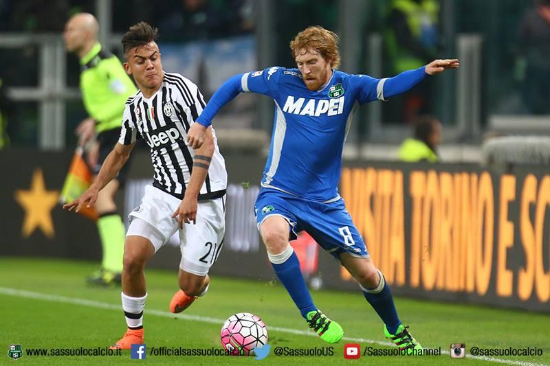 Davide Biondini in azione nel corso della gara contro la Juventus (foto: sassuolocalcio.it)