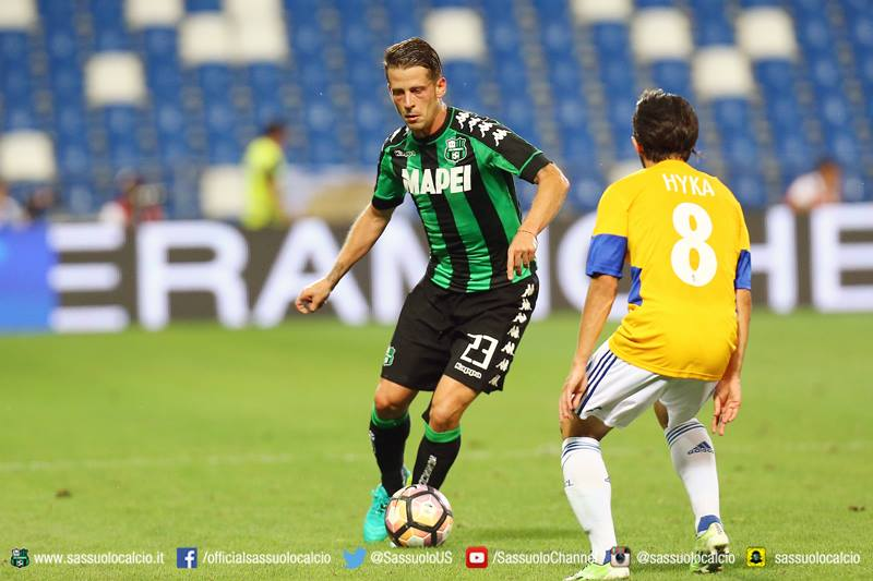 Marcello Gazzola in azione durante Sassuolo-Lucerna