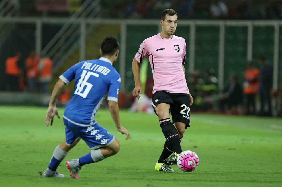 Matteo Politano in azione durante Palermo-Sassuolo della passata stagione (foto: repubblica.it)