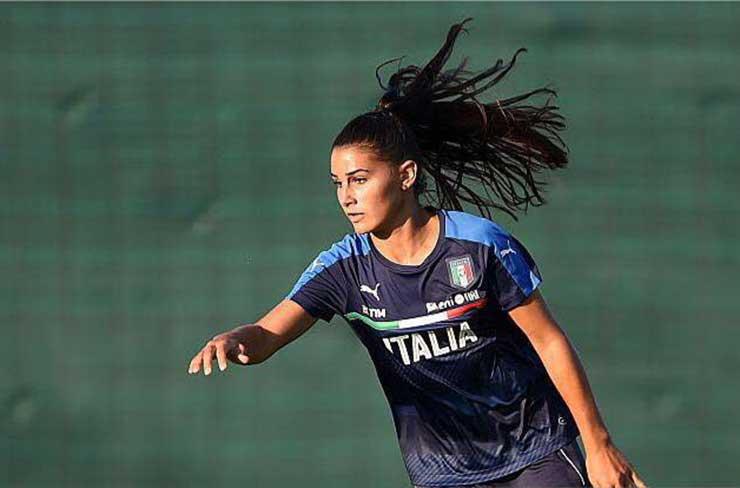 Benedetta Orsi con la maglia della Nazionale ItalianaFemminile