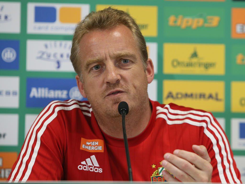 L'allenatore del Rapid Mike Büskens; foto: GEPA pictures / Mario Kneisl