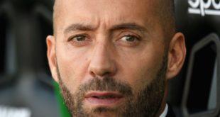 """Verso Benevento-Sassuolo, Bucchi: """"Pronti a dare battaglia, alcuni giocatori sono recuperati"""""""