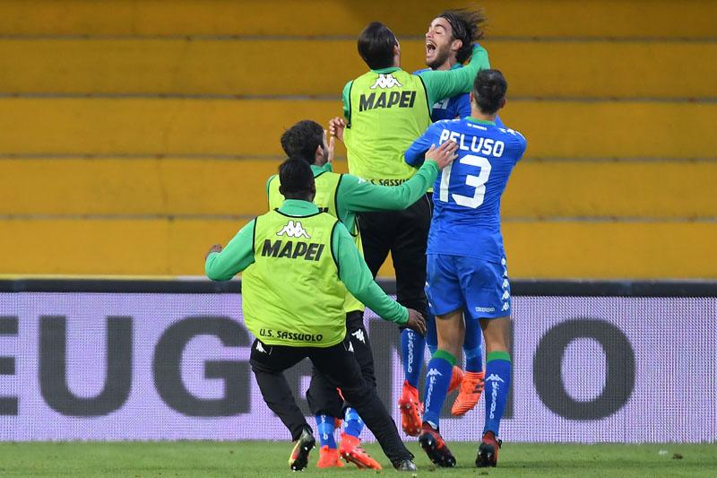 Il Sassuolo vince a Benevento. L'esultanza di Matri