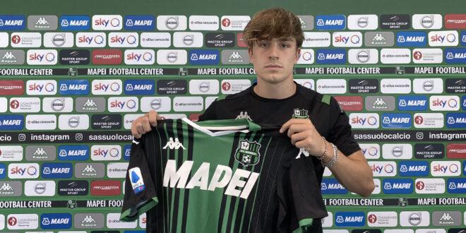 Alessandro Mercati firma il primo contratto da professionista