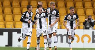 Serie A, domenica c'è Parma-Sassuolo: la rinascita parte dai giovani